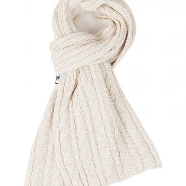 Cable shawl ecru