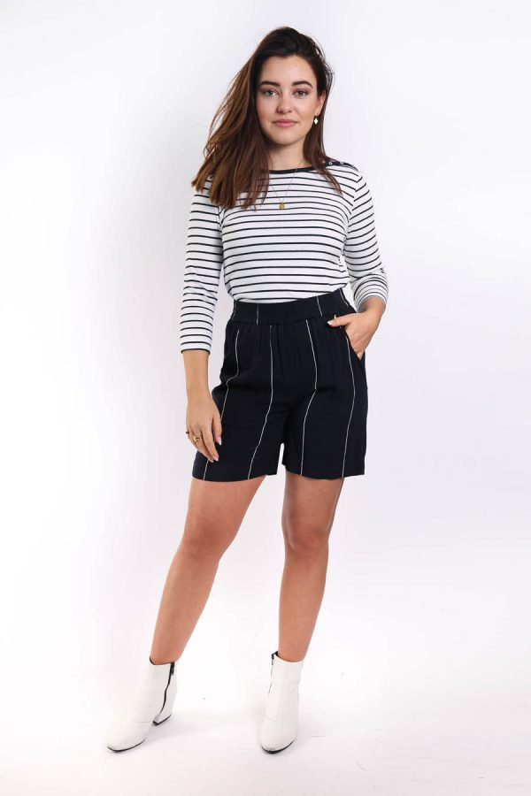 lux short navy