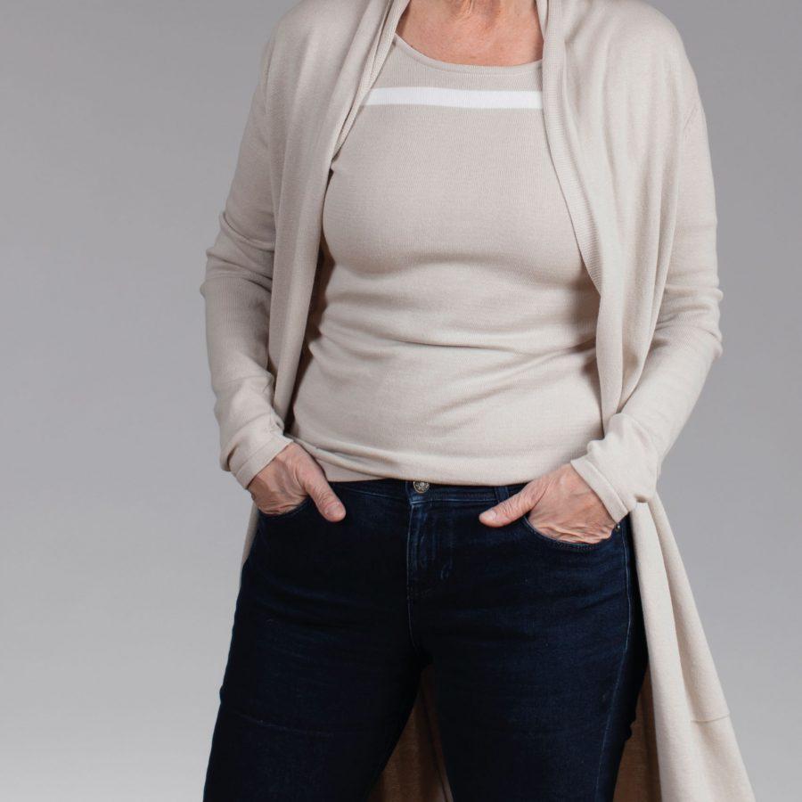 Emma lang vest beige